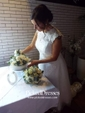 Princess Scoop Neck Tea-length Tulle Lace Wedding Dresses